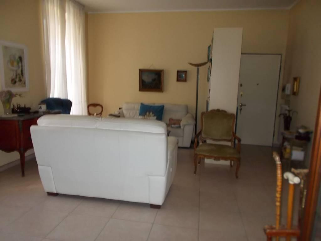Appartamento in vendita a Alessandria, 7 locali, prezzo € 165.000 | PortaleAgenzieImmobiliari.it