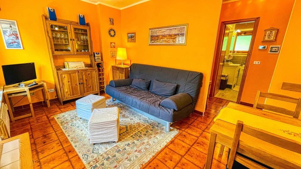 Appartamento in vendita a Oulx, 2 locali, prezzo € 89.000 | PortaleAgenzieImmobiliari.it