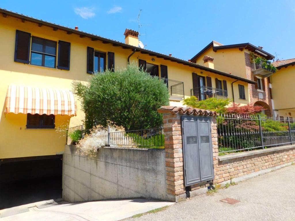Appartamento in vendita a Sannazzaro de' Burgondi, 3 locali, prezzo € 82.000 | CambioCasa.it