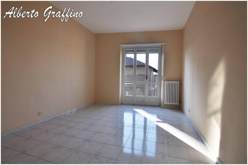 Appartamento in vendita a Leini, 3 locali, prezzo € 67.000 | PortaleAgenzieImmobiliari.it