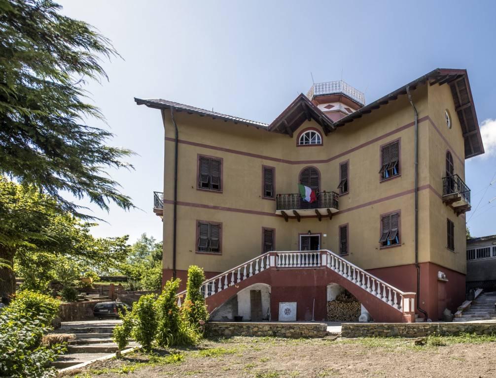 Soluzione Indipendente in vendita a Montoggio, 9999 locali, prezzo € 420.000 | CambioCasa.it