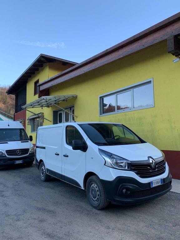 Capannone in vendita a Castellinaldo, 5 locali, Trattative riservate | CambioCasa.it