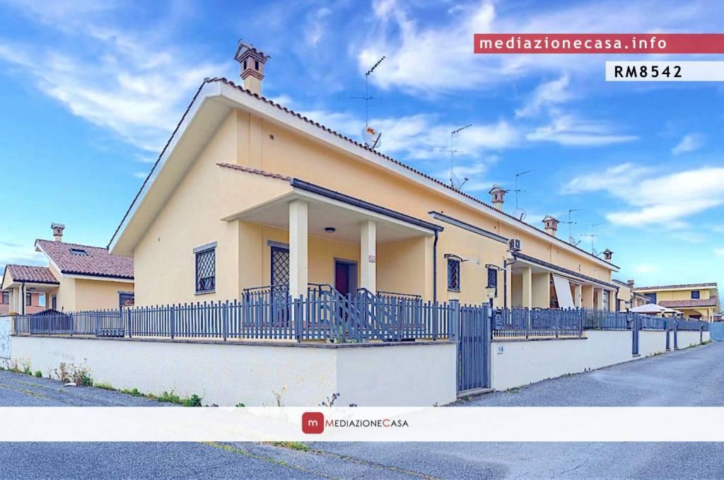 Villa a Schiera in vendita a Roma, 5 locali, zona Zona: 35 . Setteville - Casalone - Acqua Vergine, prezzo € 195.000   CambioCasa.it