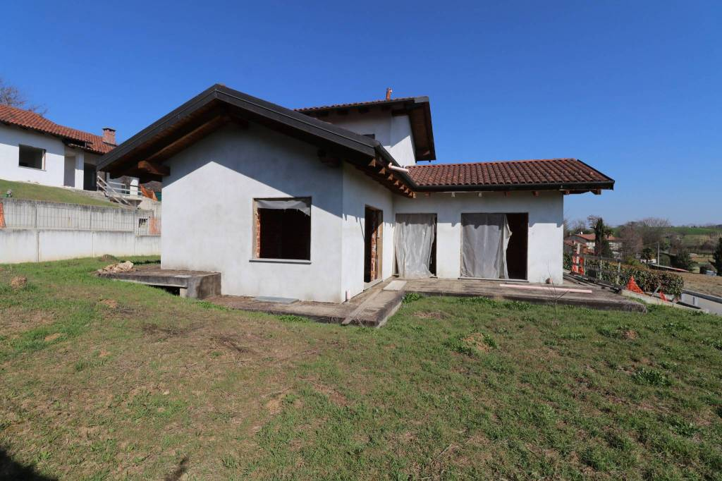 Villa in vendita a Andezeno, 3 locali, prezzo € 300.000   PortaleAgenzieImmobiliari.it