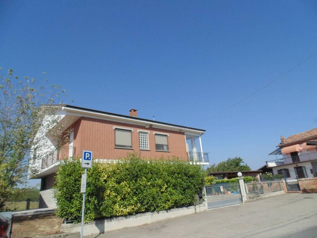 Villa in vendita a Coazzolo, 4 locali, prezzo € 215.000   PortaleAgenzieImmobiliari.it