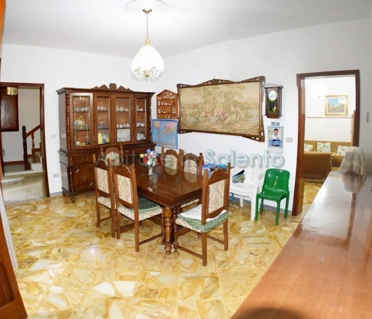 Appartamento in vendita a Castrignano del Capo, 9 locali, prezzo € 159.000 | PortaleAgenzieImmobiliari.it
