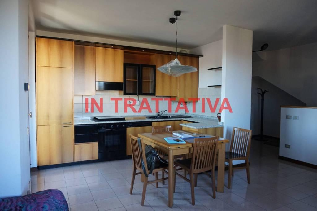 Appartamento in vendita via Redipuglia Albiate