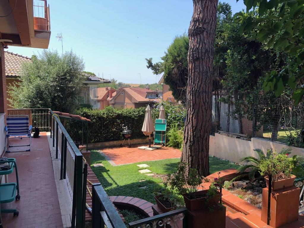 Appartamento in vendita a Roma, 4 locali, zona Zona: 38 . Acilia, Vitinia, Infernetto, Axa, Casal Palocco, Madonnetta, prezzo € 485.000 | CambioCasa.it