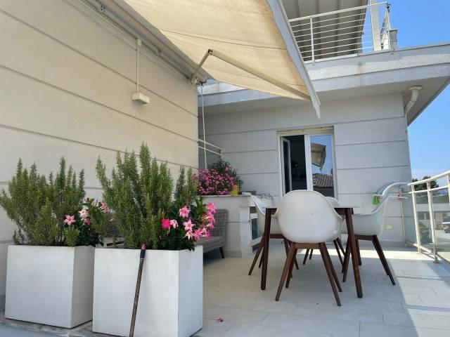 Appartamento arredato in affitto Rif. 5905858