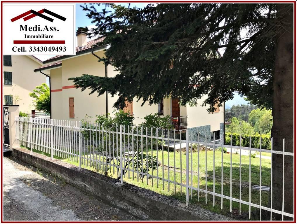 Villa in vendita a Tiglieto, 12 locali, prezzo € 200.000   PortaleAgenzieImmobiliari.it