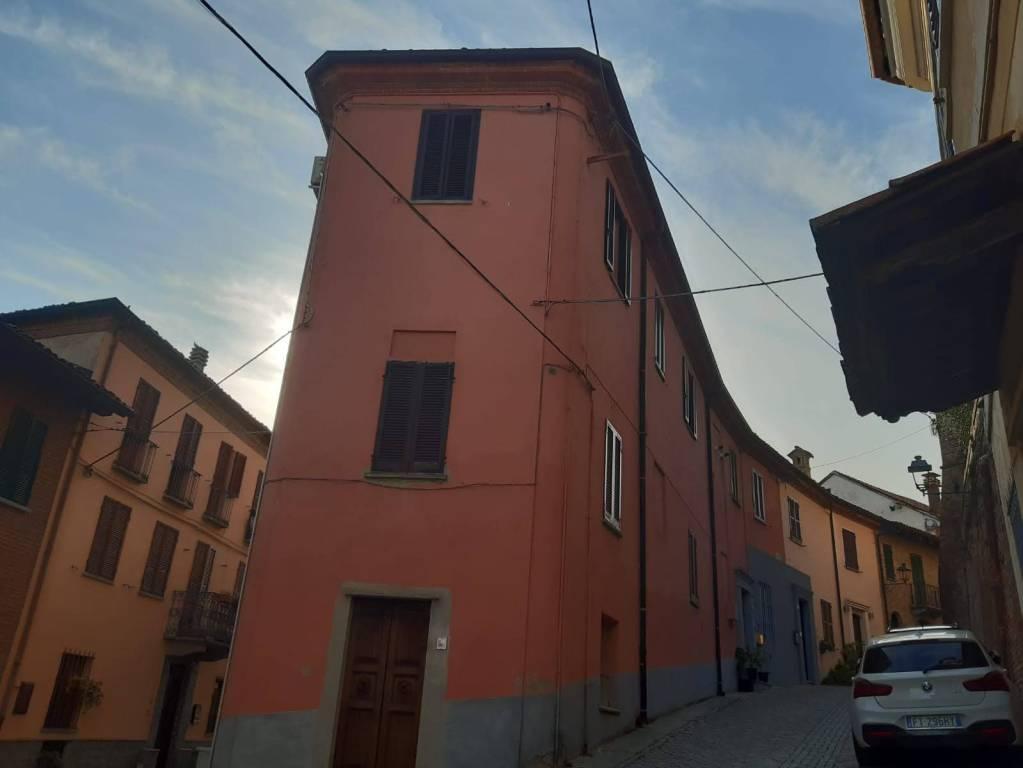 Appartamento in vendita a Govone, 3 locali, prezzo € 70.000 | CambioCasa.it