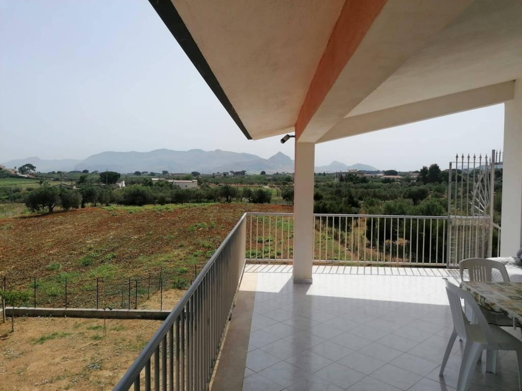 Villa in vendita a Partinico, 8 locali, prezzo € 220.000   CambioCasa.it
