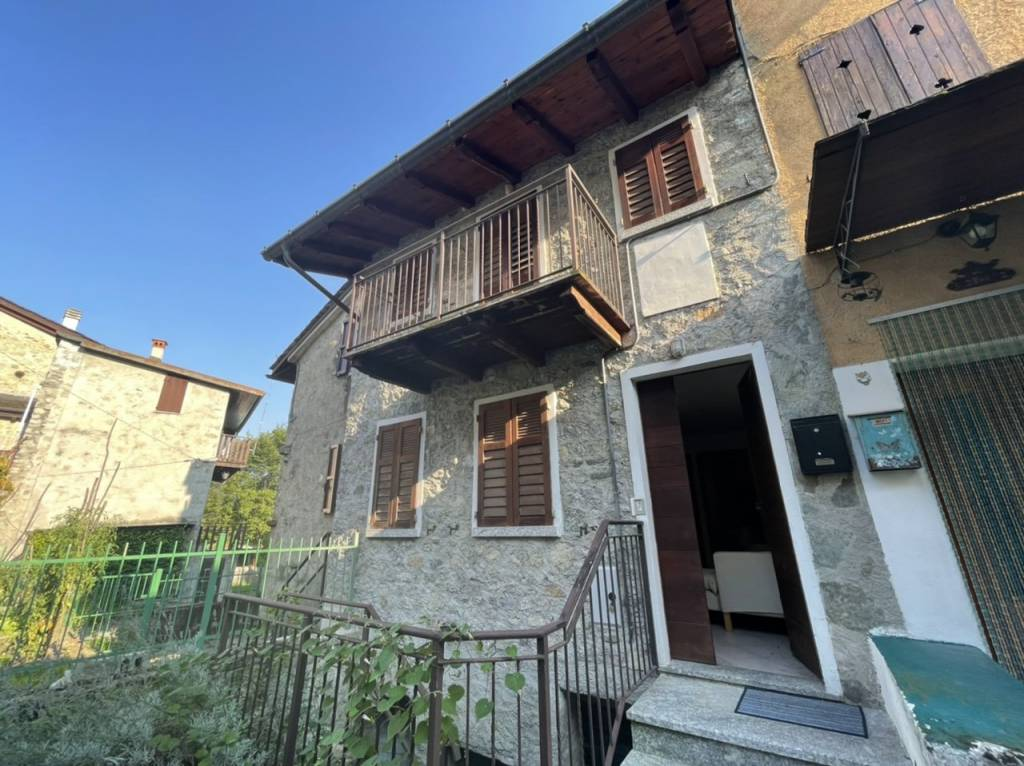 Soluzione Indipendente in vendita a Morbegno, 3 locali, prezzo € 53.000 | PortaleAgenzieImmobiliari.it