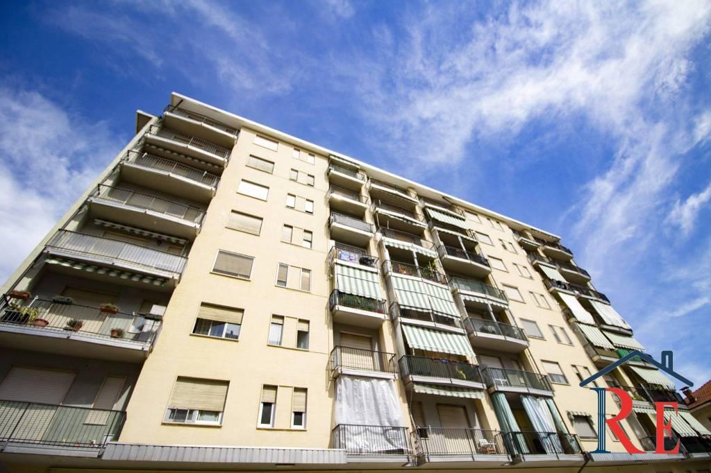 Appartamento in vendita a La Loggia, 4 locali, prezzo € 99.000 | CambioCasa.it