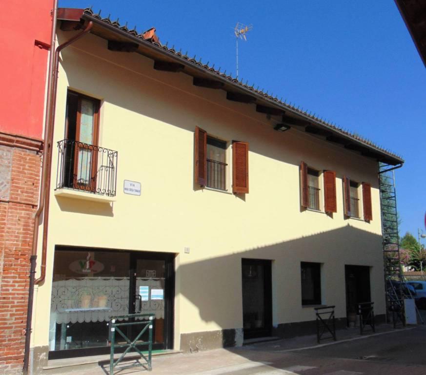 Appartamento in vendita a Beinasco, 3 locali, prezzo € 198.000   CambioCasa.it