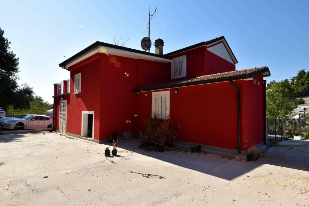 Villa in vendita a Nereto, foto 3