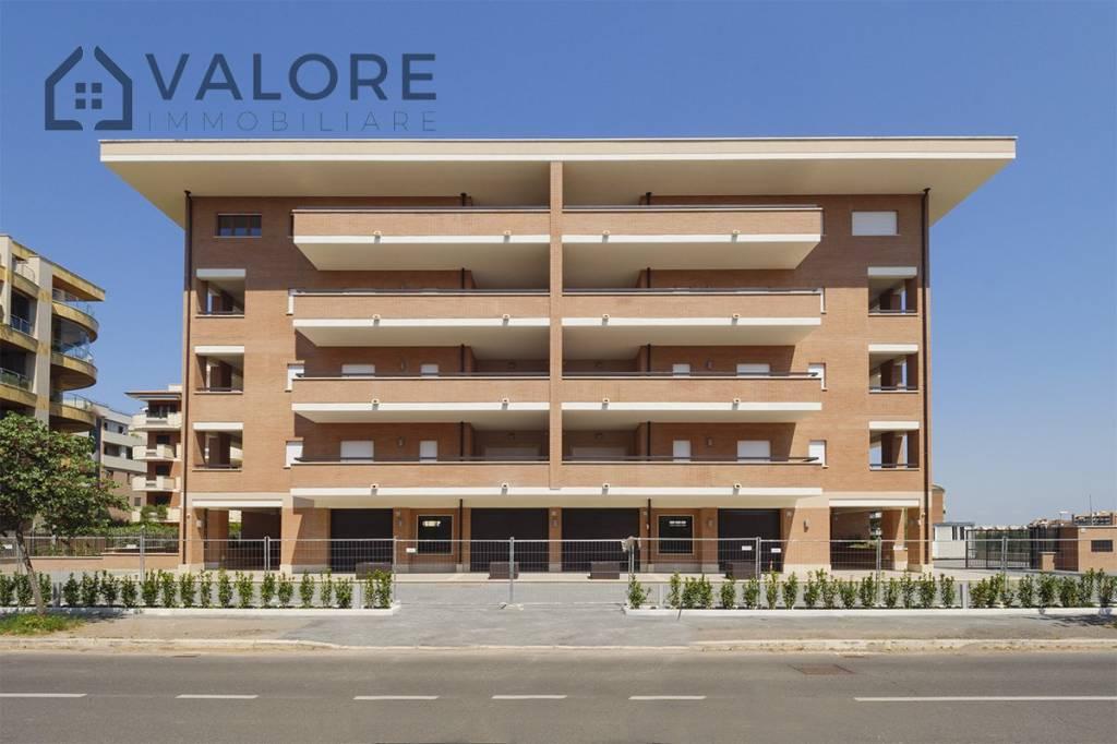 Attico / Mansarda in vendita a Roma, 4 locali, zona Zona: 38 . Acilia, Vitinia, Infernetto, Axa, Casal Palocco, Madonnetta, prezzo € 469.000   CambioCasa.it