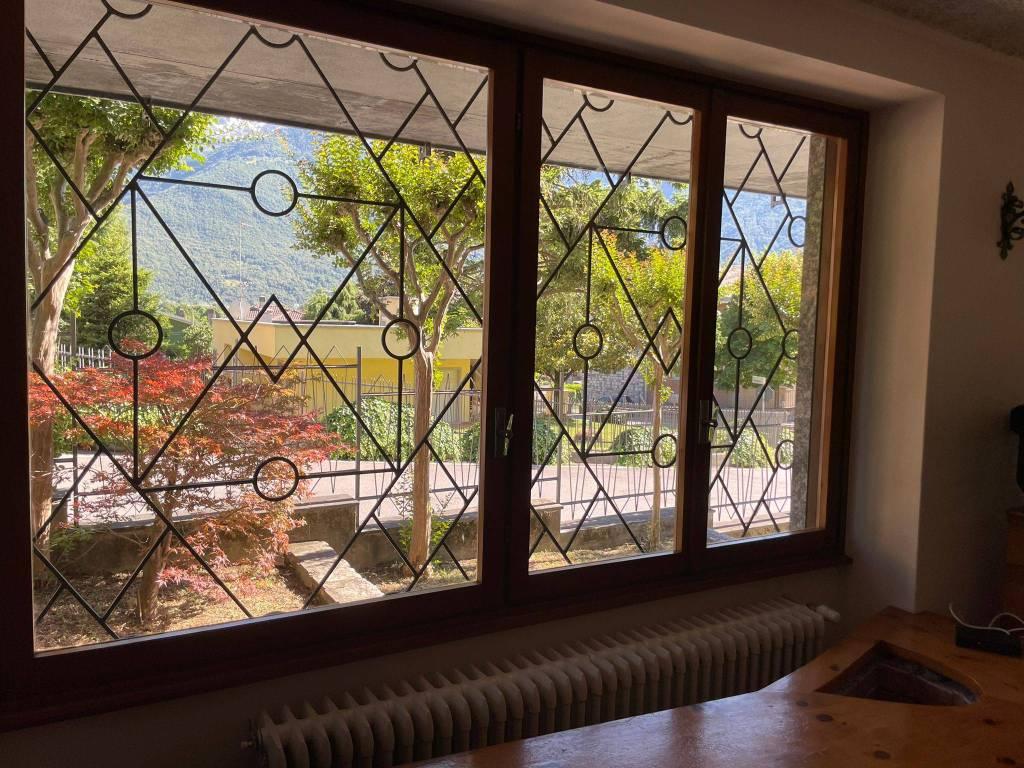 Villa in vendita a Dubino, 9999 locali, Trattative riservate | PortaleAgenzieImmobiliari.it