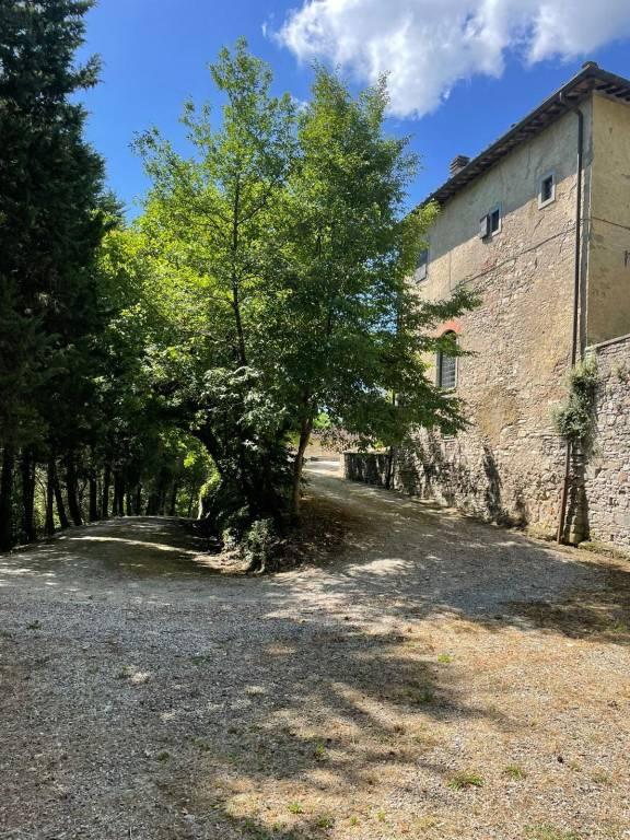 Rustico / Casale in vendita a Borgo San Lorenzo, 11 locali, Trattative riservate   CambioCasa.it