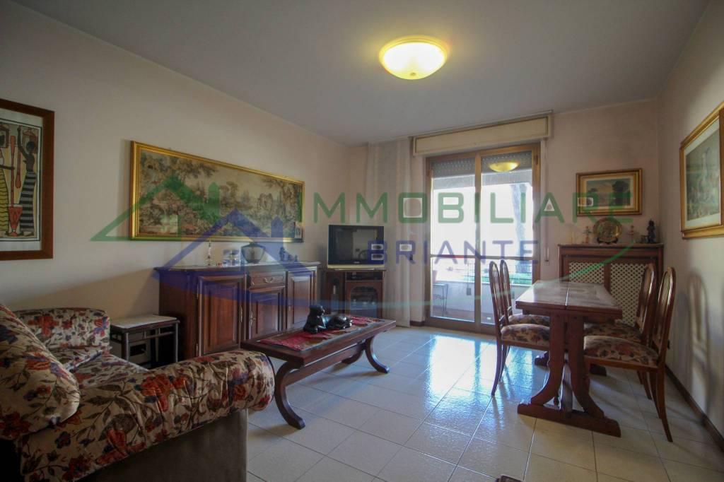 Appartamento in vendita a Somma Lombardo, 3 locali, prezzo € 123.000   CambioCasa.it