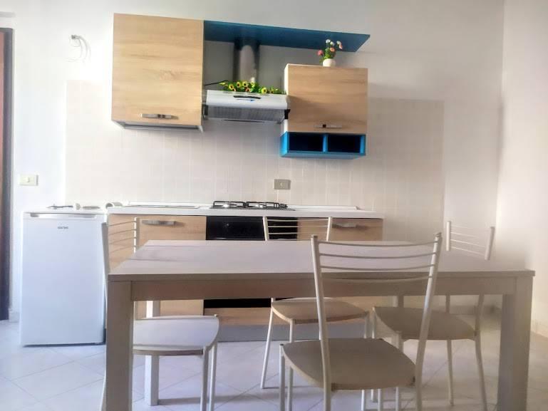 Palazzo / Stabile in affitto a Casteggio, 2 locali, prezzo € 380 | CambioCasa.it