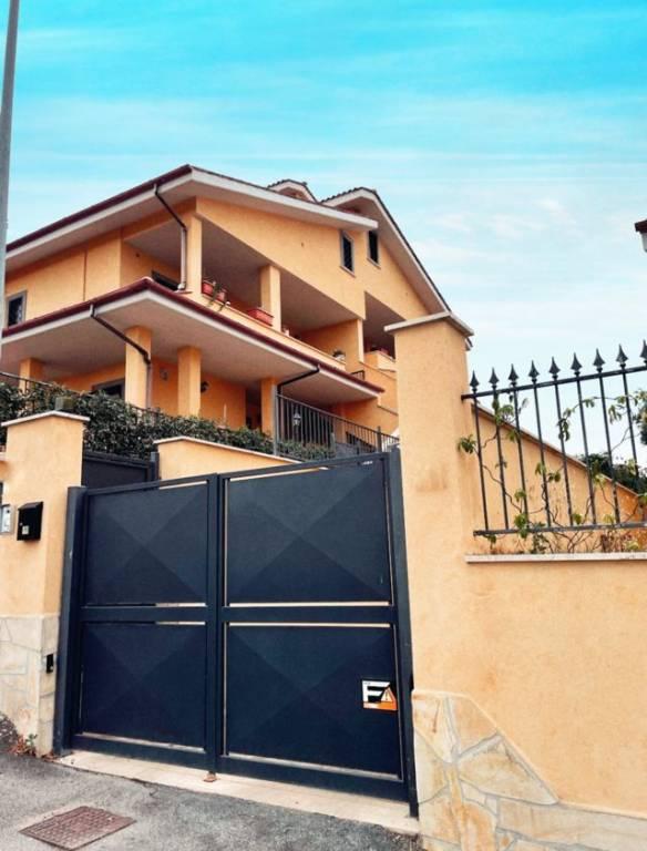 Appartamento in vendita a Roma, 2 locali, zona Zona: 33 . Quarto Casale, Labaro, Valle Muricana, Prima Porta, prezzo € 169.000 | CambioCasa.it