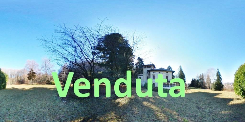 Villa in vendita a Induno Olona, 10 locali, prezzo € 495.000 | CambioCasa.it