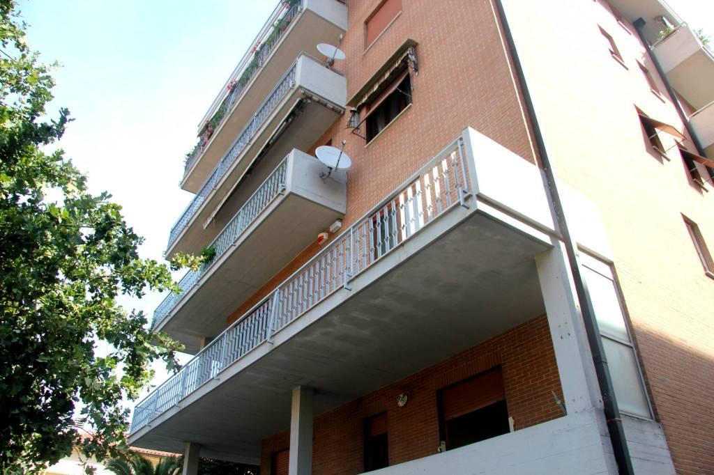 Appartamento in vendita a Spoleto, 5 locali, prezzo € 180.000   PortaleAgenzieImmobiliari.it