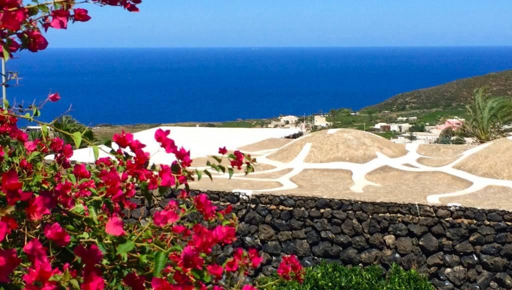 Rustico / Casale in vendita a Pantelleria, 6 locali, prezzo € 350.000   CambioCasa.it