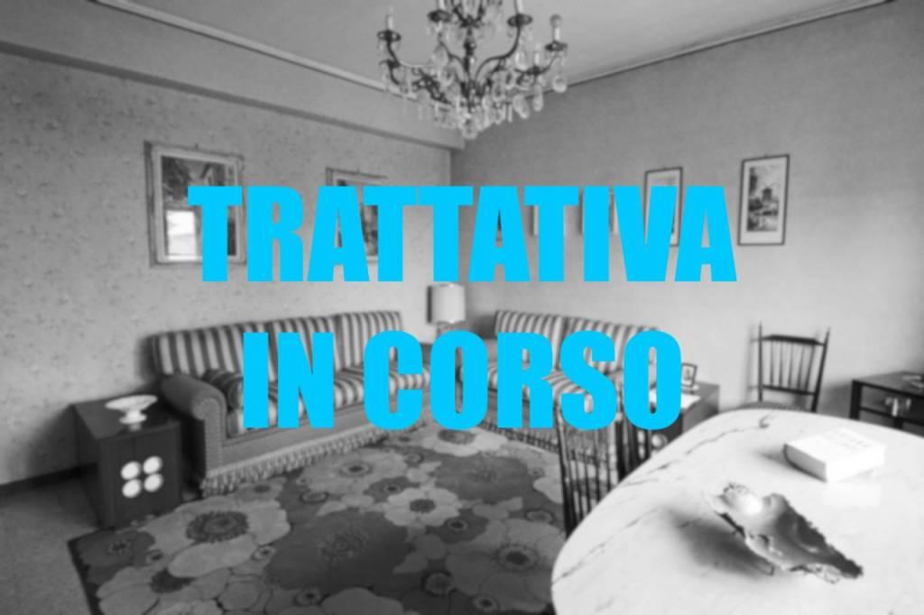 Appartamento in vendita a Samarate, 3 locali, prezzo € 90.000 | CambioCasa.it