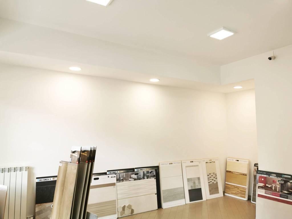 Negozio / Locale in vendita a Ossona, 3 locali, prezzo € 145.000   PortaleAgenzieImmobiliari.it