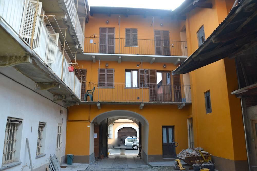 Appartamento in ottime condizioni in affitto Rif. 6812907