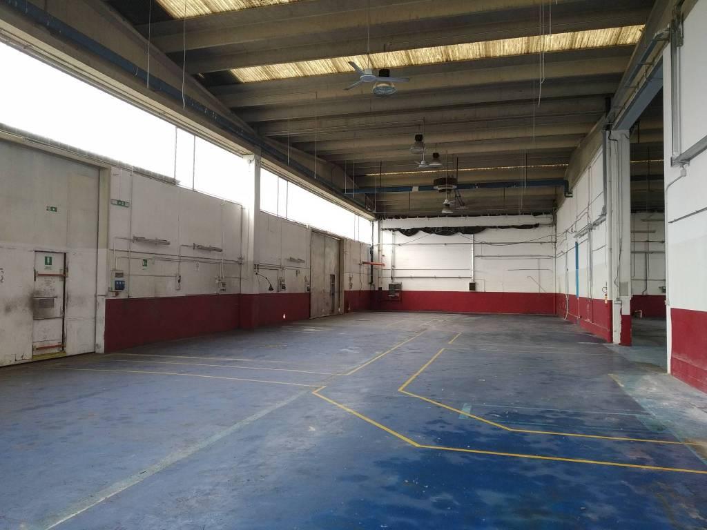 Capannone in affitto a Rivalta di Torino, 9999 locali, Trattative riservate | PortaleAgenzieImmobiliari.it