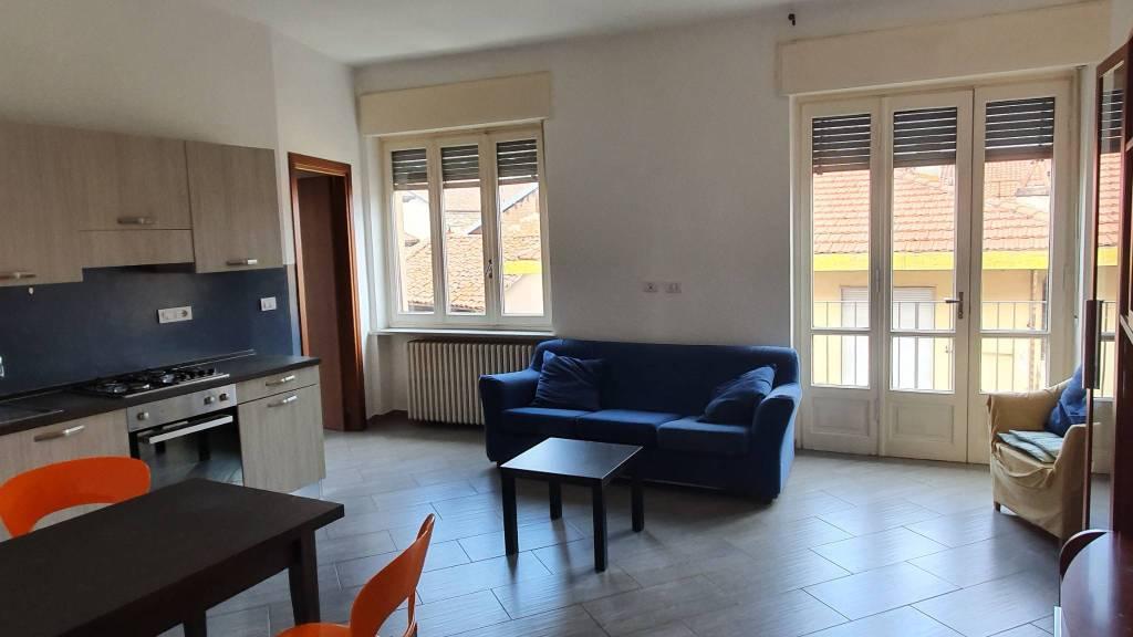 Appartamento in ottime condizioni arredato in affitto Rif. 8372038