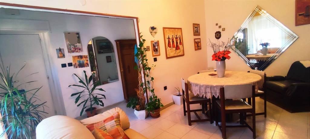 Appartamento in Vendita a Foggia Periferia: 4 locali, 115 mq