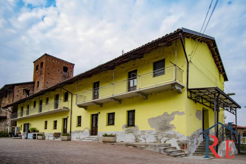 Ristorante / Pizzeria / Trattoria in vendita a Villafranca Piemonte, 4 locali, prezzo € 269.000 | CambioCasa.it