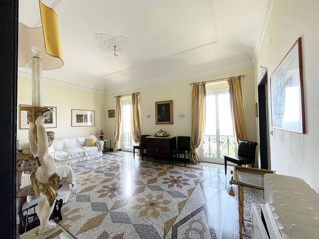 Appartamento in affitto a Bogliasco, 6 locali, prezzo € 2.400   CambioCasa.it