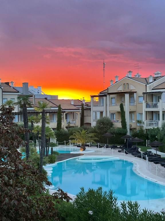 Appartamento in ottime condizioni arredato in vendita Rif. 9174391