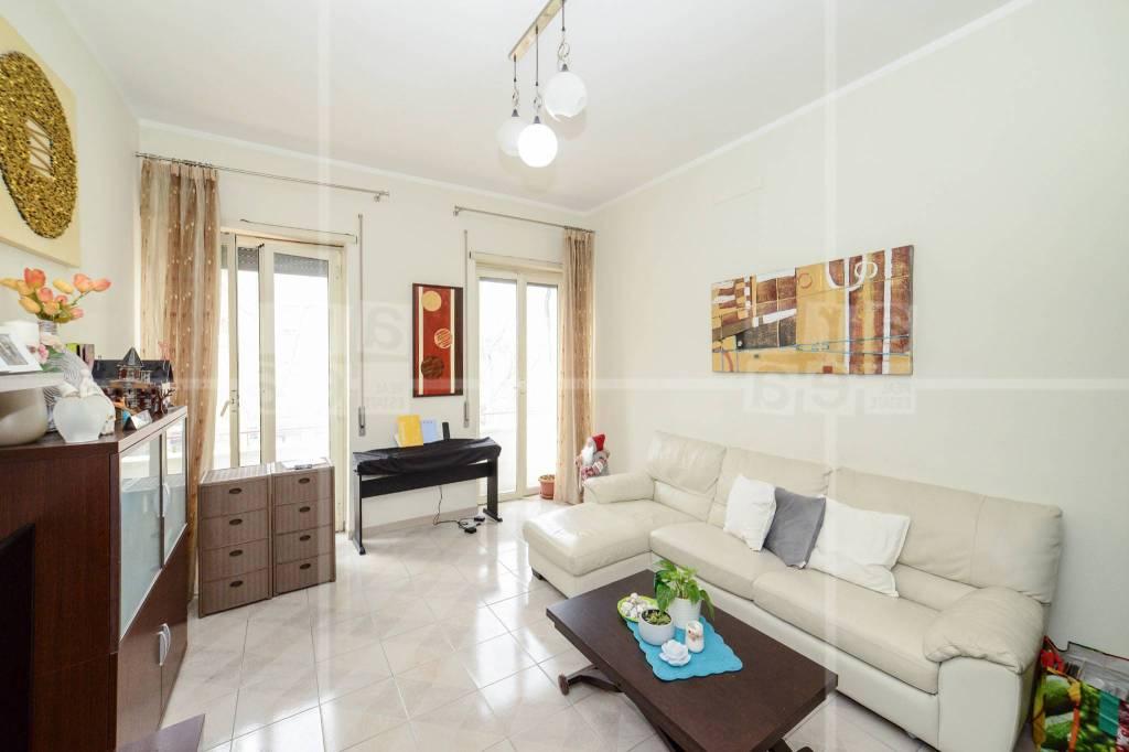 Appartamento in vendita a Roma, 3 locali, zona Zona: 12 . Cinecittà,Don Bosco, Lucrezia Romana, prezzo € 279.000   CambioCasa.it