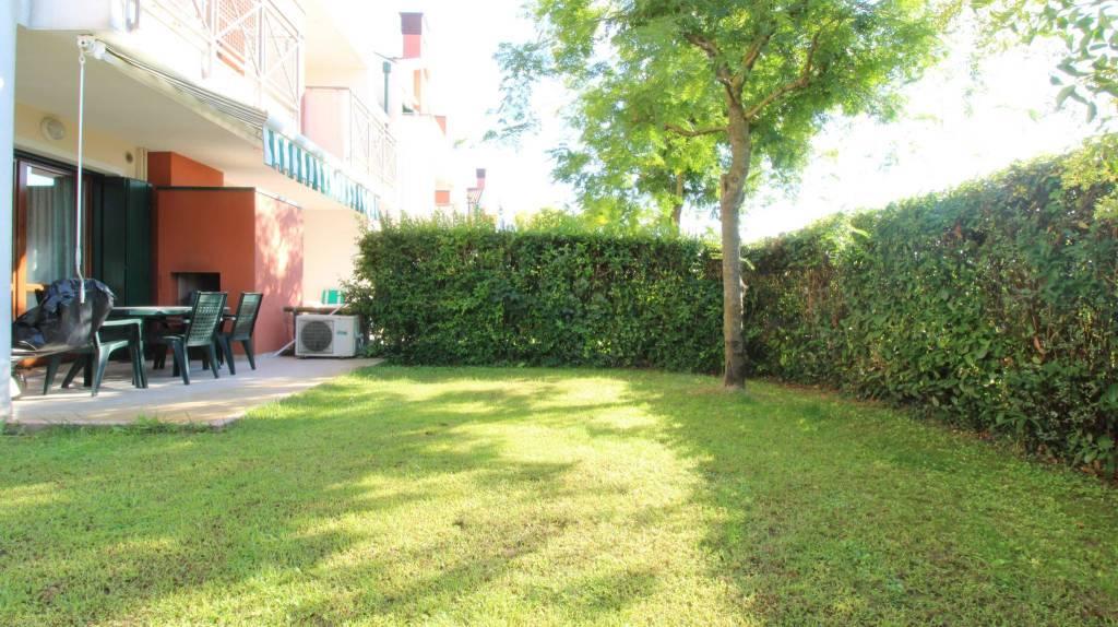 Appartamento con due camere al piano terra con giardino, foto 2