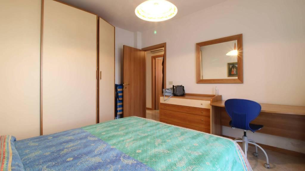 Appartamento con due camere al piano terra con giardino, foto 8