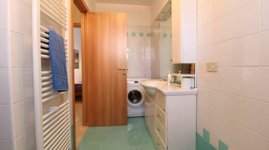 Appartamento con due camere al piano terra con giardino, foto 11
