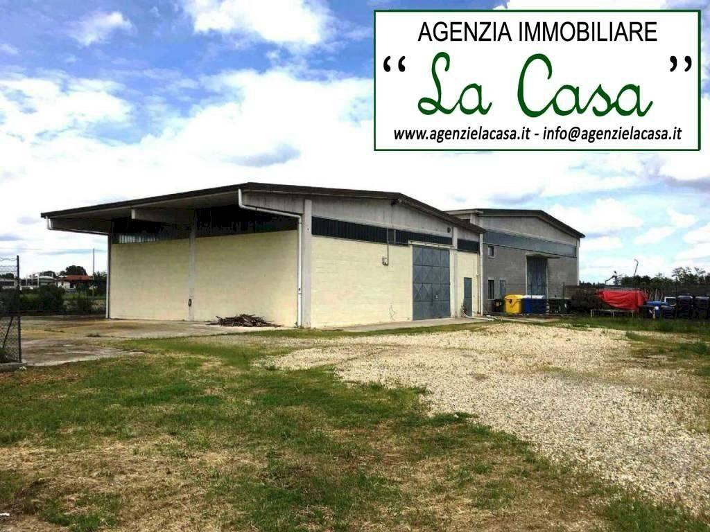 Capannone in vendita a Villanova d'Asti, 3 locali, prezzo € 150.000 | CambioCasa.it