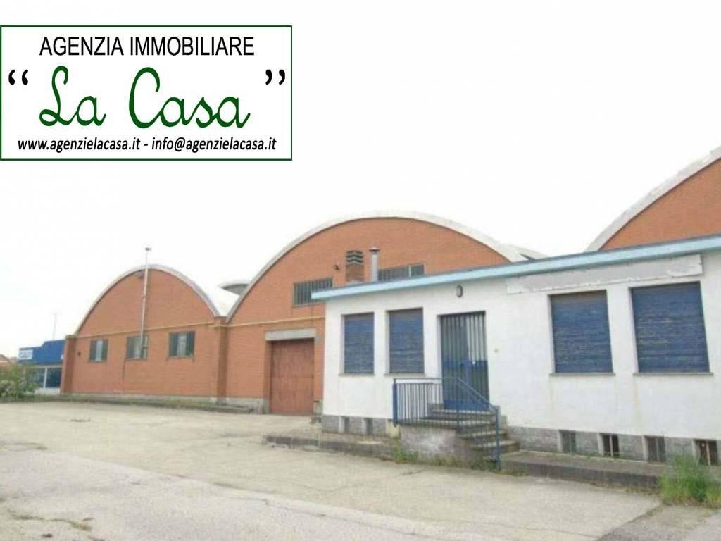 Capannone in vendita a Dusino San Michele, 9999 locali, prezzo € 1.100.000   CambioCasa.it