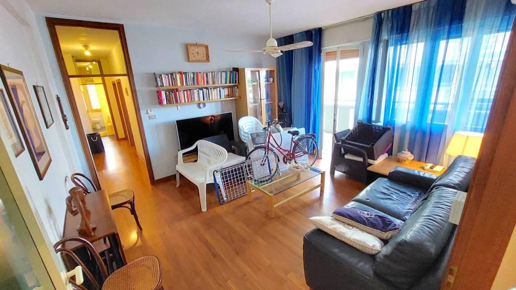 Appartamento in vendita a Riccione, 4 locali, prezzo € 590.000 | PortaleAgenzieImmobiliari.it