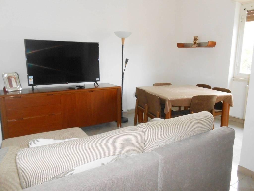 Appartamento in vendita a Roma, 4 locali, zona Zona: 10 . Pigneto, Largo Preneste, prezzo € 260.000 | CambioCasa.it
