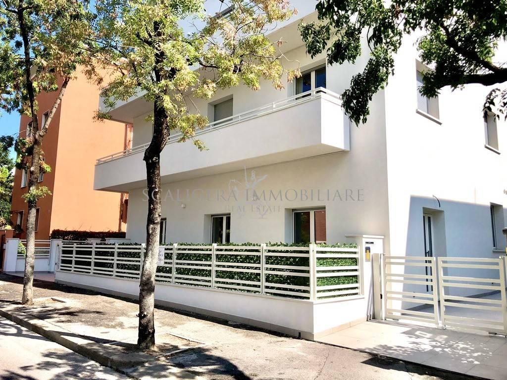 Appartamento in vendita a Verona, 3 locali, zona Borgo Trieste - Borgo Venezia, prezzo € 240.000 | PortaleAgenzieImmobiliari.it