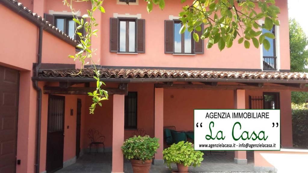 Villa in vendita a Poirino, 4 locali, prezzo € 285.000 | CambioCasa.it
