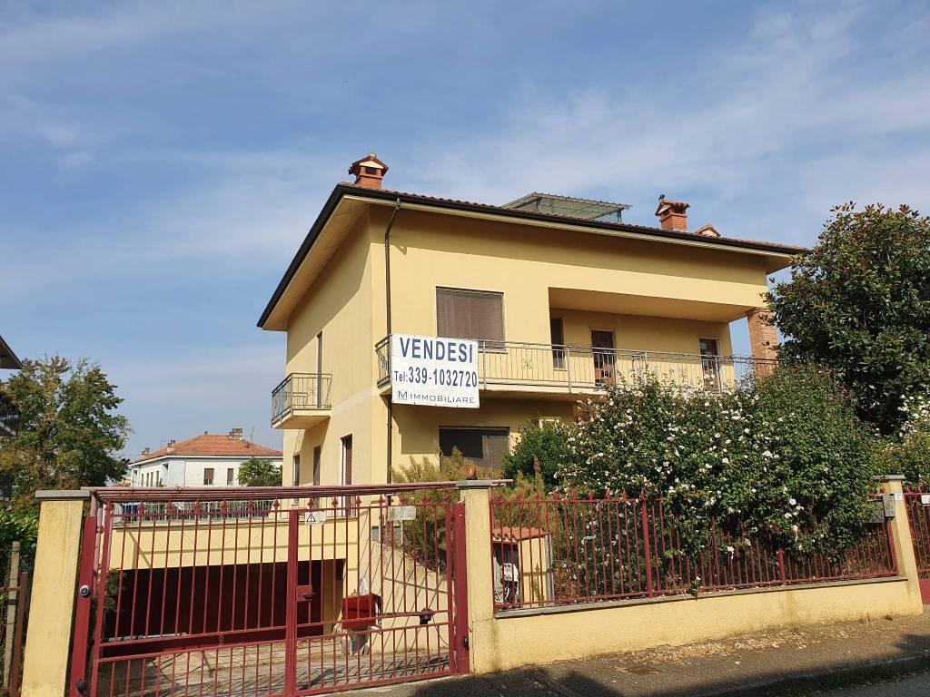 Villa in buone condizioni in vendita Rif. 8675901