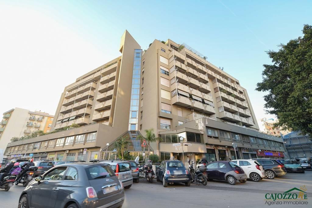 Appartamento in vendita a Palermo, 6 locali, prezzo € 296.000   PortaleAgenzieImmobiliari.it